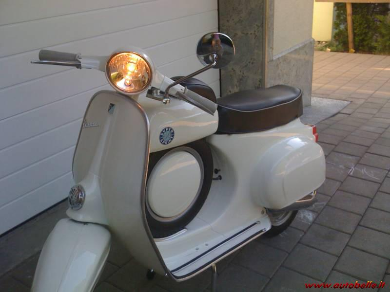vendo piaggio vespa 50 ss del 1967. Black Bedroom Furniture Sets. Home Design Ideas