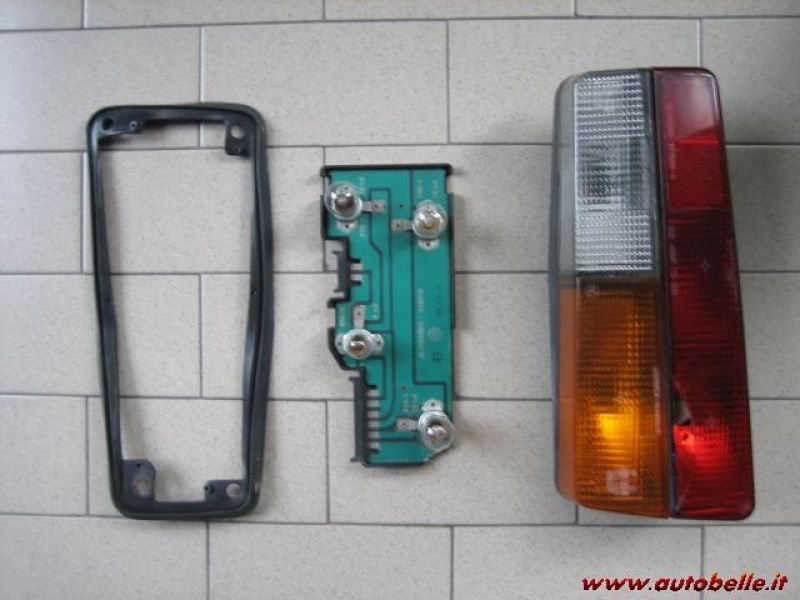 PORTA POSTERIORE DX NUOVA ORIGINALE FIAT//SEAT 131 4//P REAR DOOR
