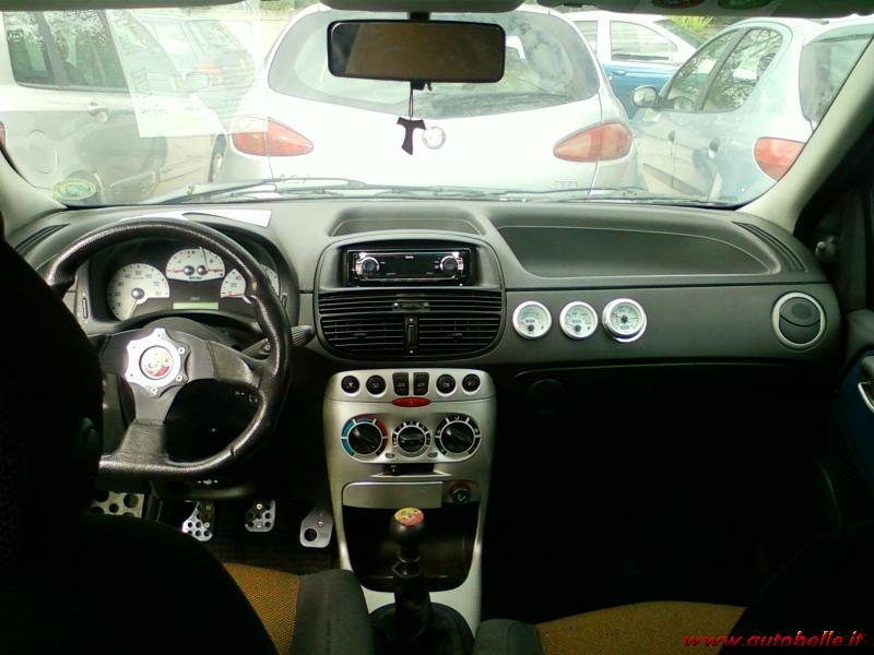 Vendo Fiat Punto 1.2 16V Sporting-ABARTH on fiat panda, fiat barchetta, fiat ritmo, fiat x1/9, fiat stilo, fiat multipla, fiat seicento, fiat 500 abarth, fiat cinquecento, fiat cars, fiat 500 turbo, fiat doblo, fiat spider, fiat coupe, fiat 500l, fiat linea, fiat marea, fiat bravo,