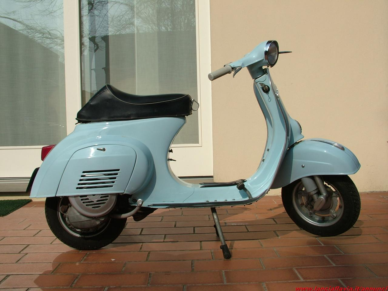 vendo piaggio vespa 50 cc faro tondo. Black Bedroom Furniture Sets. Home Design Ideas