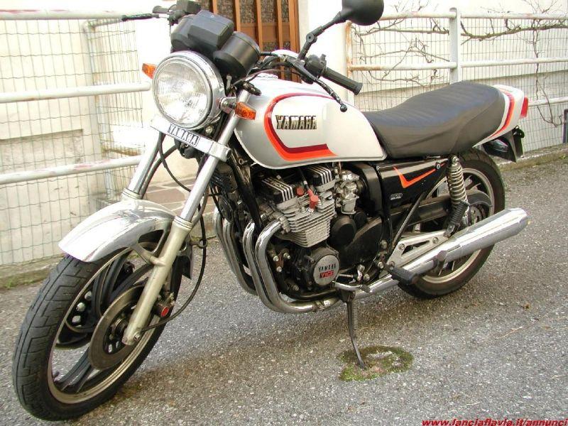 Yamaha Yamaha XJ 550 - Moto.ZombDrive.COM