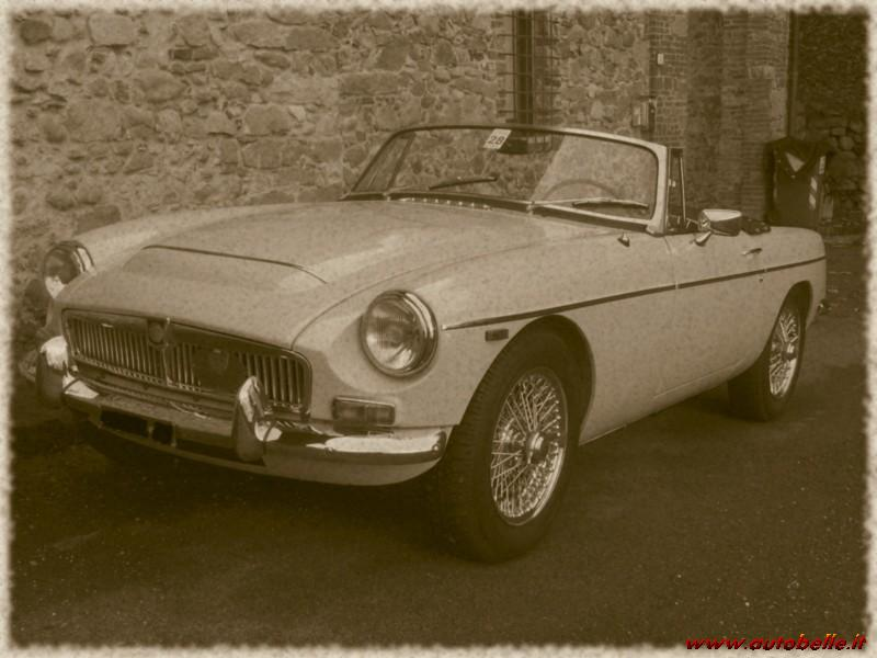 For sale I SELL MGC ROADSTER