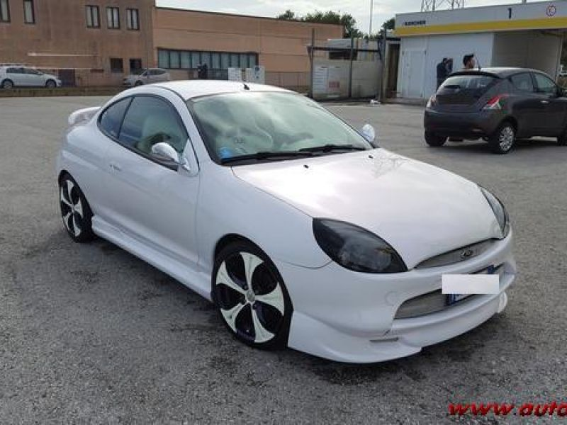vendo auto tuning su base ford puma