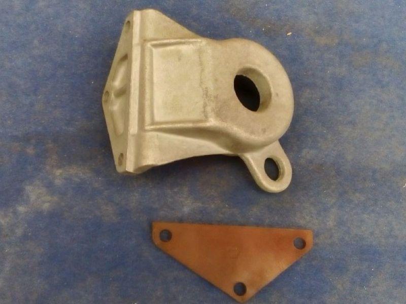 supporto  anteriore motore FIAT 131 DS