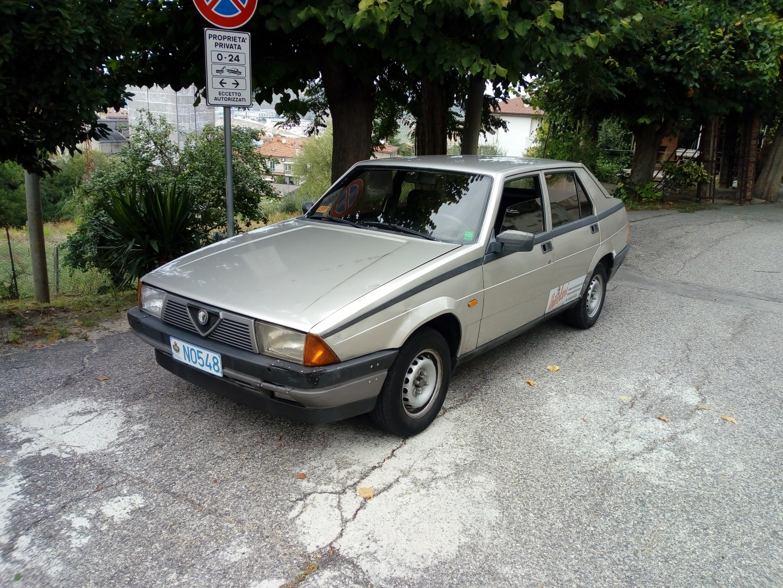 For Sale I Sell Alpha Romeo 75 1 8 Carburetors 1987