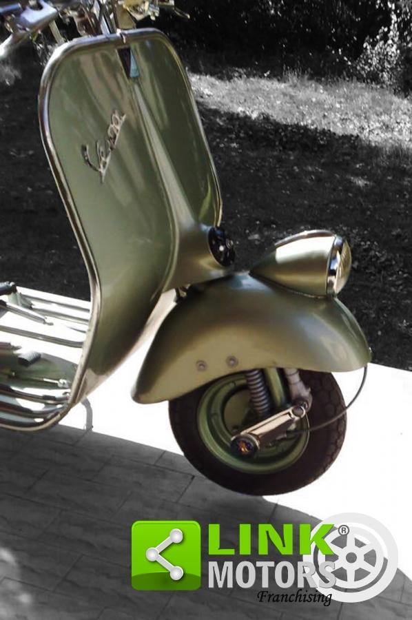 For sale Piaggio Vespa 1952 125 V30s T, model 51 Vacans