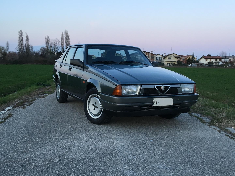 For Sale Alfa Romeo 75 1 8 I E