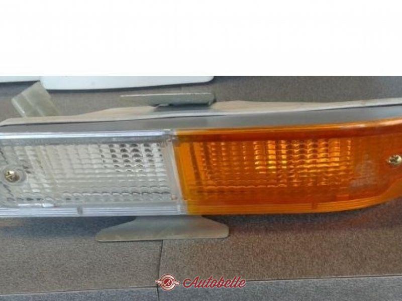 COPPIA PLASTICHE FRECCE ANTERIORI ALFA ROMEO ALFETTA BERLINA 2000L GTV NUOVE
