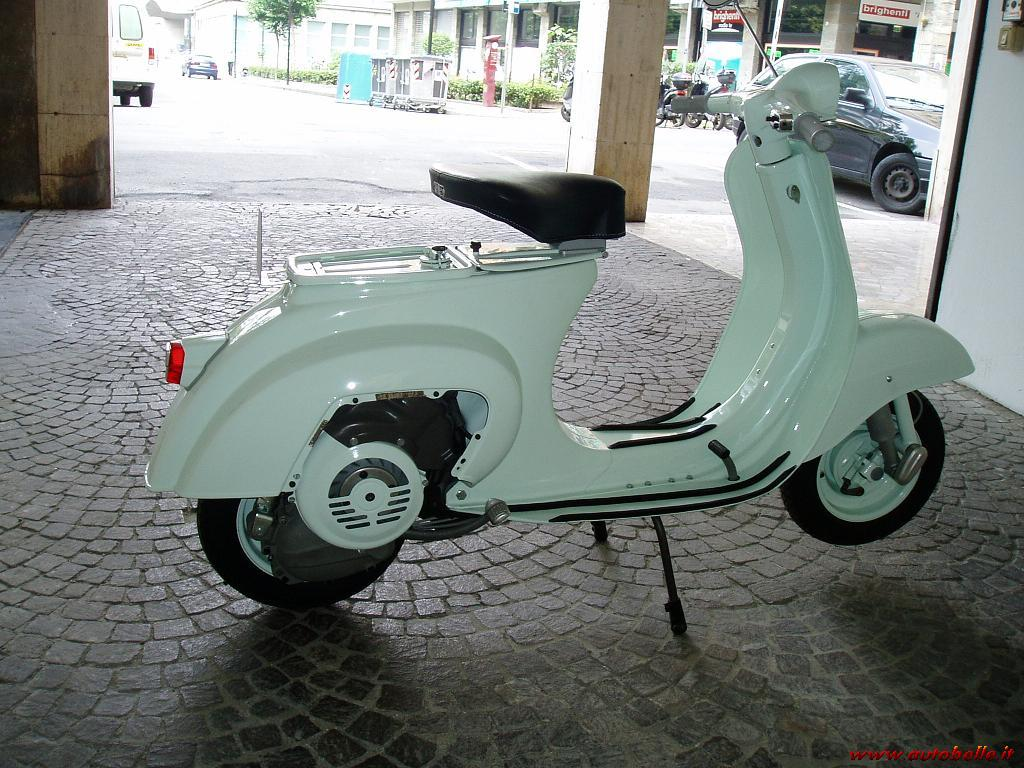 vendo piaggio vespa 50 sportellino. Black Bedroom Furniture Sets. Home Design Ideas